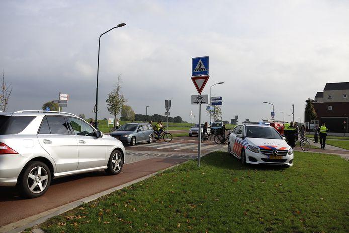 Een fietster is dinsdag gewond geraakt op de Katwijkseweg in Cuijk.