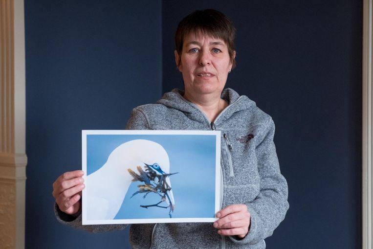 Natuurfotografe Pascale Sobry met een van haar prachtige foto's.