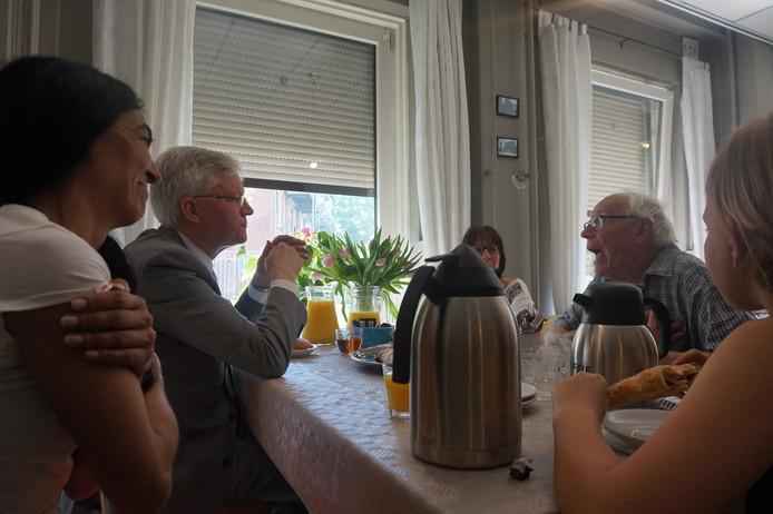 Hulya Poels, Theo Weterings en Angelique en Gerrit Poels. (vlnr.)