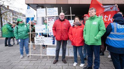 """Werknemers Mondelēz leggen twee dagen werk neer: """"We maken ongeziene chantage mee"""""""