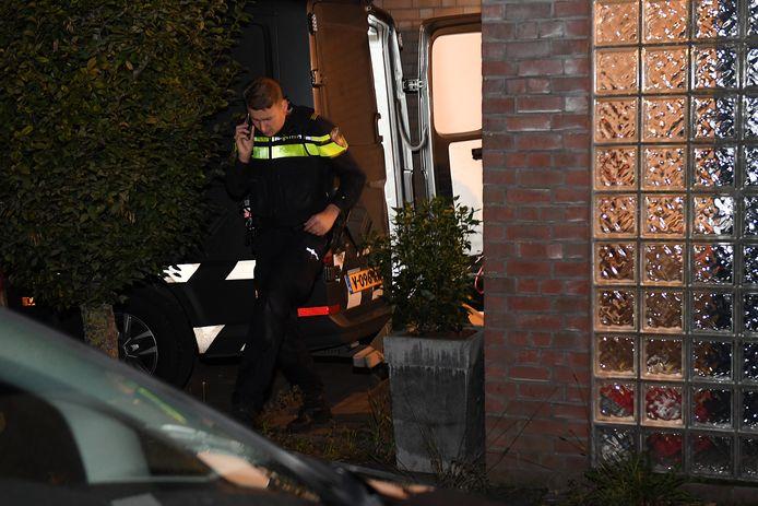 In een woning aan het Brakels Eng in Oeffelt is illegaal vuurwerk aangetroffen.