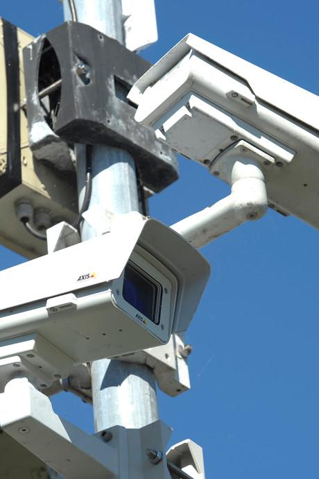 'Enorme cyberaanval op komst met gekaapte apparaten'