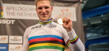 Wielercafé in Wierden met Lammertink en wereldkampioen Hoogland