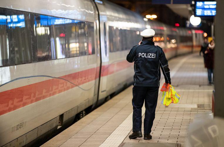 Agenten haalden de dronken machinist van de trein, vooraleer die verder kon rijden.