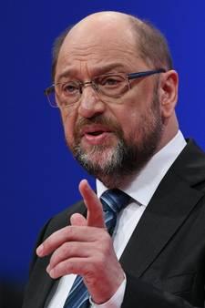 Schulz probeert SPD te overtuigen voor coalitie met Merkel