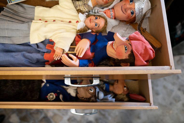 MECHELEN Enkele poppen uit de waardevolle collectie in de Brusselpoort