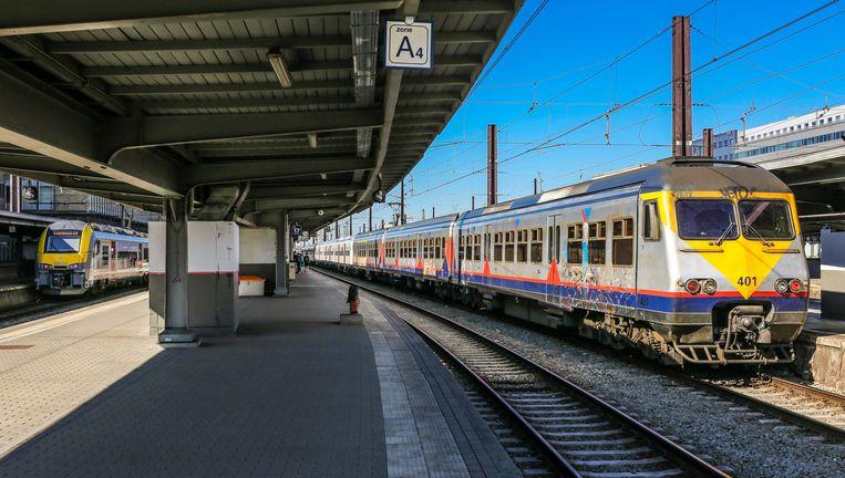 De man werd door de spoorwegpolitie opgepakt toen hij de trein verliet in station Brussel-Zuid. (archieffoto)