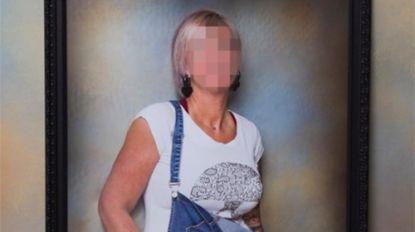 Femme fatale pluimt truckers om borstvergrotingen te financieren