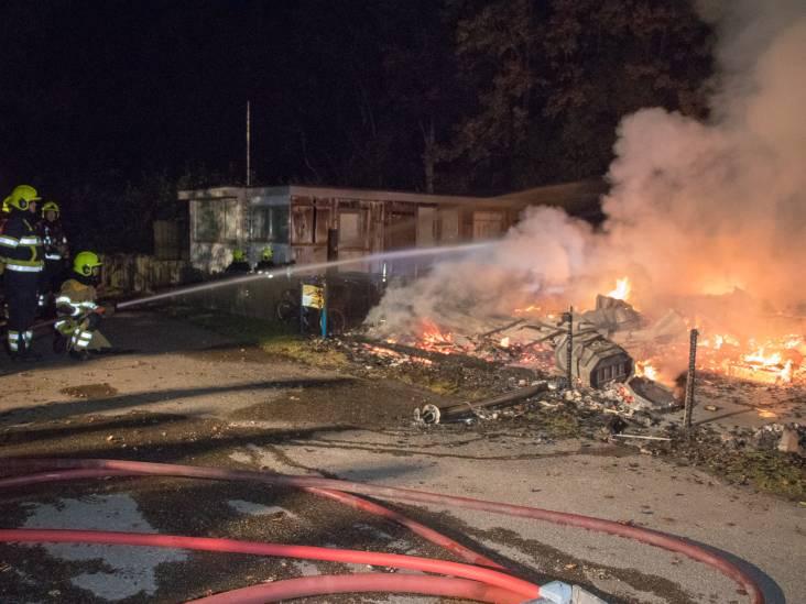 Chaletjes afgebrand op camping De Rietschoof in Aalst