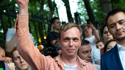 """Russische journalist vrijgelaten: """"In de cel at hij niks, uit angst dat de politie drugs in zijn eten zou doen"""""""