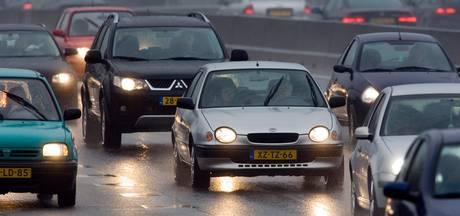 File op A50 bij Vaassen door eenzijdig ongeluk