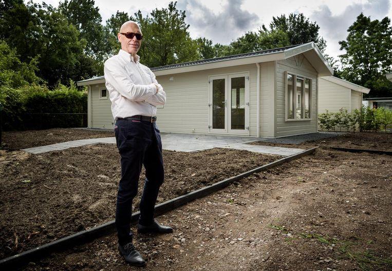 René Doors hoopt 'zo'n 5 procent rendement' te halen uit zijn vakantiehuisje in Noord-Scharwoude. Beeld null