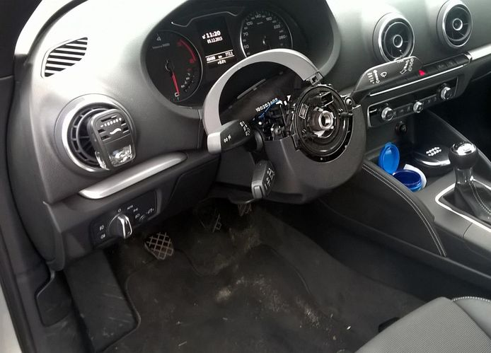 Uit deze auto verdween het complete stuursysteem met airbag. Foto ter illustratie.