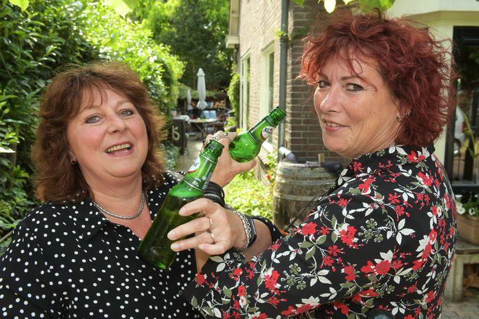 Karen Titulaer en Ingeborgh Mook kenden elkaar al voordat ze buren werden.