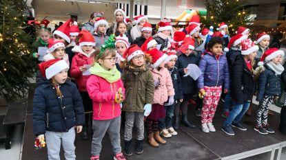 Warmste kerstmarkt van Woumen brengt 5.000 euro op