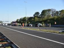 Mogelijke ontvoering: politie achtervolgt spookrijdend busje op A50
