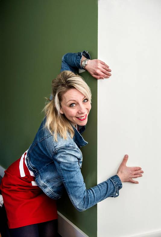 Mandy Visser (42)