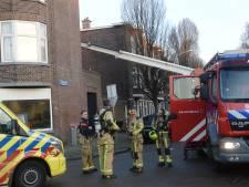 Twee personen gewond naar ziekenhuis door brand in woning in Bezuidenhout