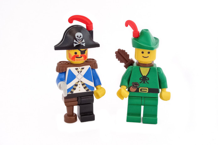 Lego poppetjes.