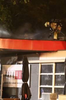 Cafetaria op meubelboulevard in Utrecht loopt forse schade op door brand