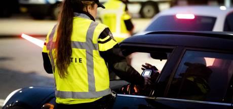 Meerdere rijbewijzen ingenomen bij politiecontroles
