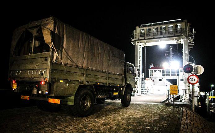 De troepen uit het Drentse Havelte nemen een aantal terreinwagens mee.