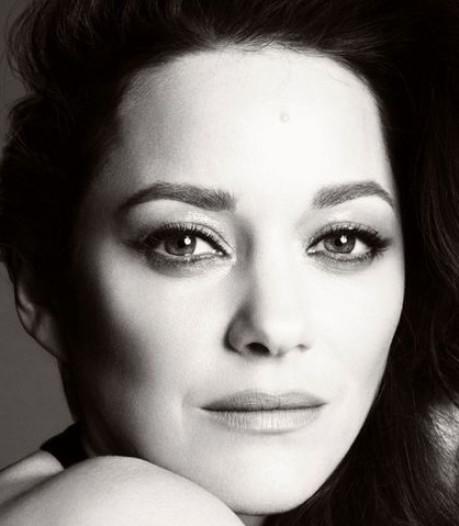 Marion Cotillard est la nouvelle égérie Chanel N°5
