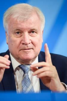 Grens met Duitsland blijft open maar alleen voor mensen met 'dringende reden'