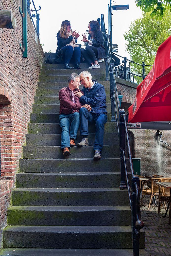 Herman de Korte op de trappen naar de werfkelders anno 2017