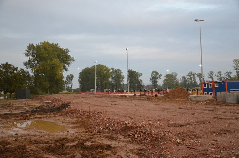 Naast het nieuwe hockeyveld komt er ook nog een clubhuis voor Dender Hockey Club Ninove.
