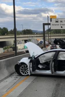 Amerikaanse overheid: 'Tesla Model 3 is de veiligste auto ooit'