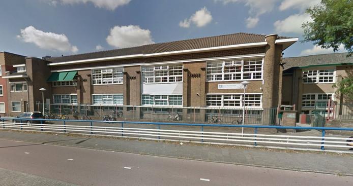 Naast de Aboe Daoedschool aan de Marnixlaan in Utrecht, wil de Stichting Islamitisch Onderwijs Utrecht ook een school openen in Leidsche Rijn.