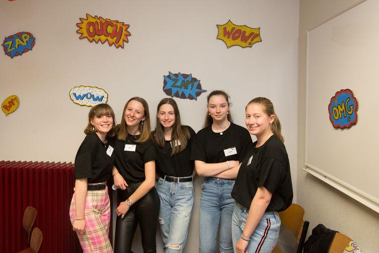 De leerlingen van het vierde jaar AT zorgden zélf voor alle inkleding.