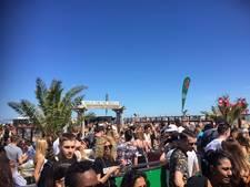 Veel publiek bij opening van strandseizoen in Hoek van Holland