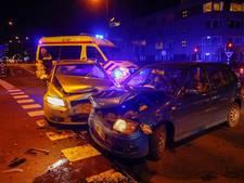 Twee gewonden bij botsing op kruispunt in Eindhoven