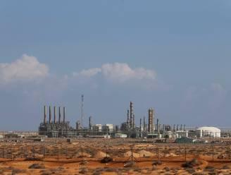 Libische paramilitairen blokkeren oliehavens en eisen dat loon wordt betaald