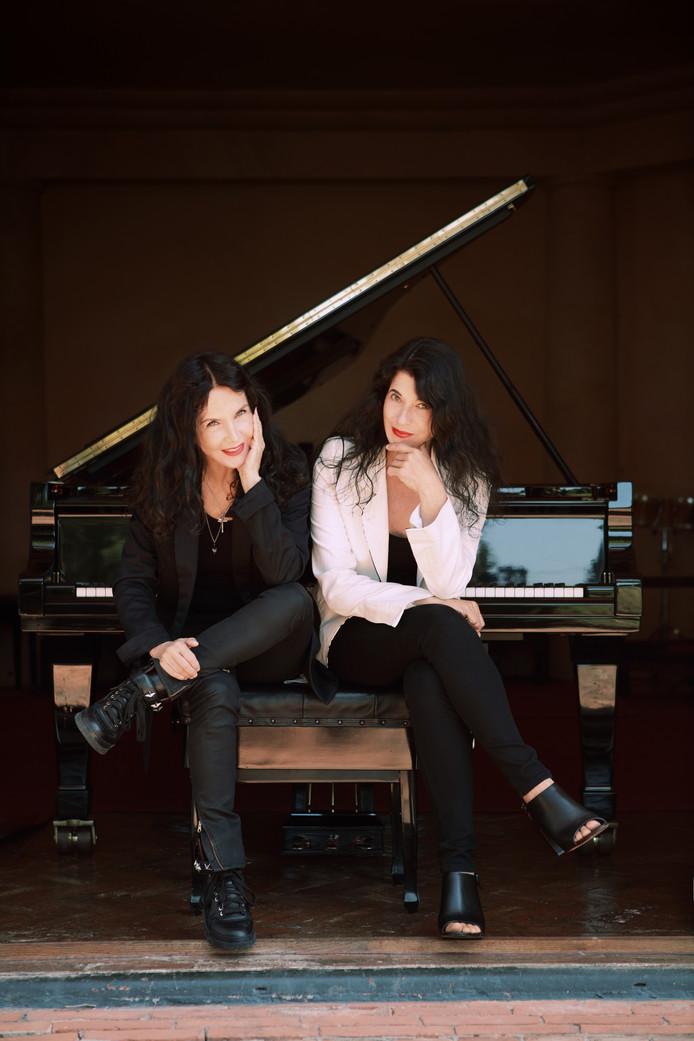 Franse pianozussen Katia en Marielle Labèque.