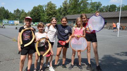 Kinderen sporten erop los tijdens zomersportkamp 'sportmix'