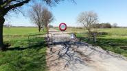 Ravels sluit sluipwegen naar Nederland af met verankerde hekken