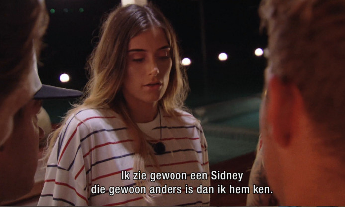 Demi.