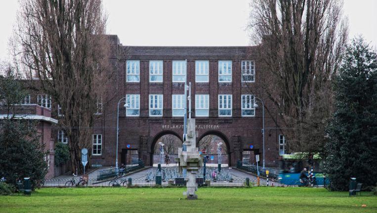 Het Amsterdams Lyceum aan het Valeriusplein is een van de populairste scholen van Amsterdam Beeld Maarten Bezem