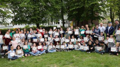 Leerlingen MEGA-project hebben hun diploma beet
