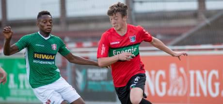 NEC-trainer De Gier zoekt voor elke linie versterking