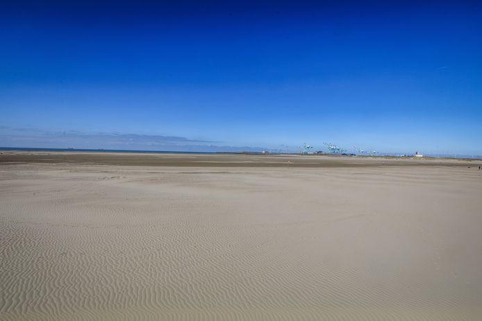 Het strand van Zeebrugge mag ingericht worden.