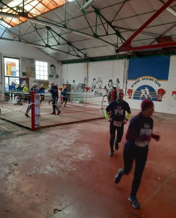 Onder meer de doortocht door de oude bokszaal was uniek.