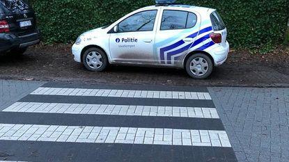 Politiewagen die 'boete' krijgt, is niet fout geparkeerd