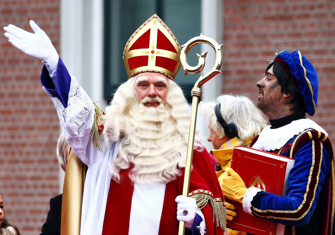 De intocht van Sinterklaas in Apeldoorn.