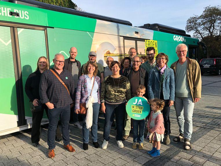 Meyrem Almaci sloot haar tour door Vlaanderen per elektrische bus vandaag af in haar eigen geboortedorp