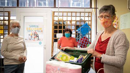 """Armoedevereniging De Schakel ziet vraag naar voedselpakketten stijgen: """"Meer gezinnen in problemen door coronacrisis"""""""