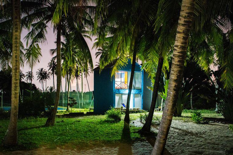 Pop Beach Club aan het strand van Ileshe, Nigeria. Beeld Sanne de Wilde